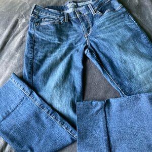 Signature Levi Strauss Women's Straight Jeans Sz12